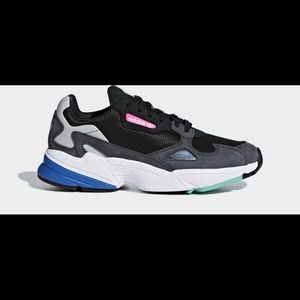 Adidas falcon grey two and core black sneakers
